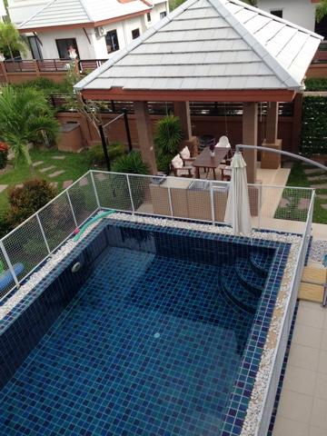 Сдам комфортный дом с бассейном